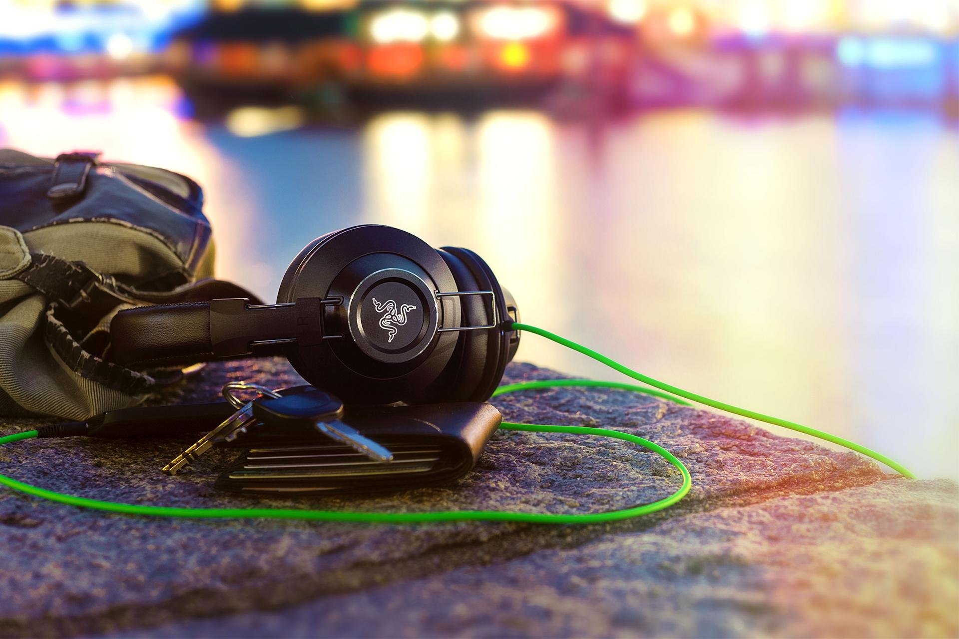 Razer Adaro Stereo - Analog Headphones - Razer Australia