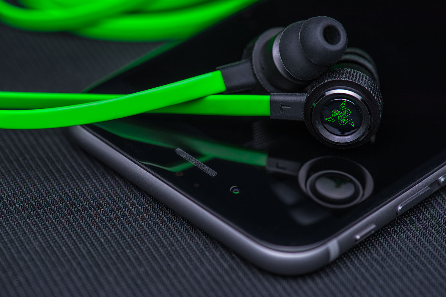 Razer Hammerhead V2 In Ear Music Amp Gaming Headphones