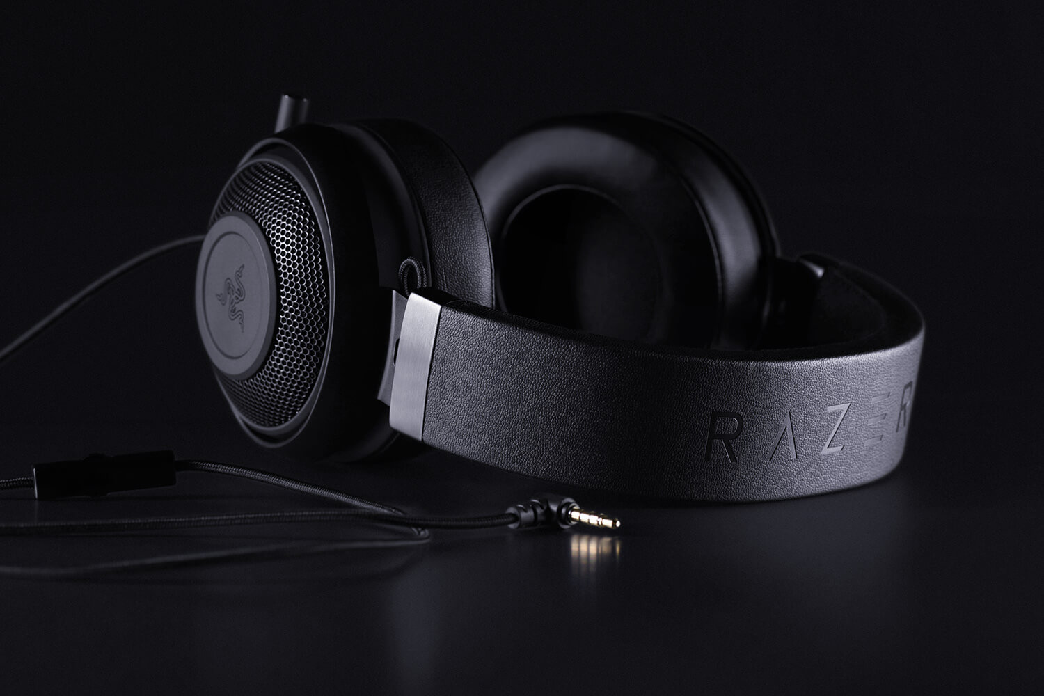 Razer Kraken Pro V2 Gaming Headset For Esports Pros