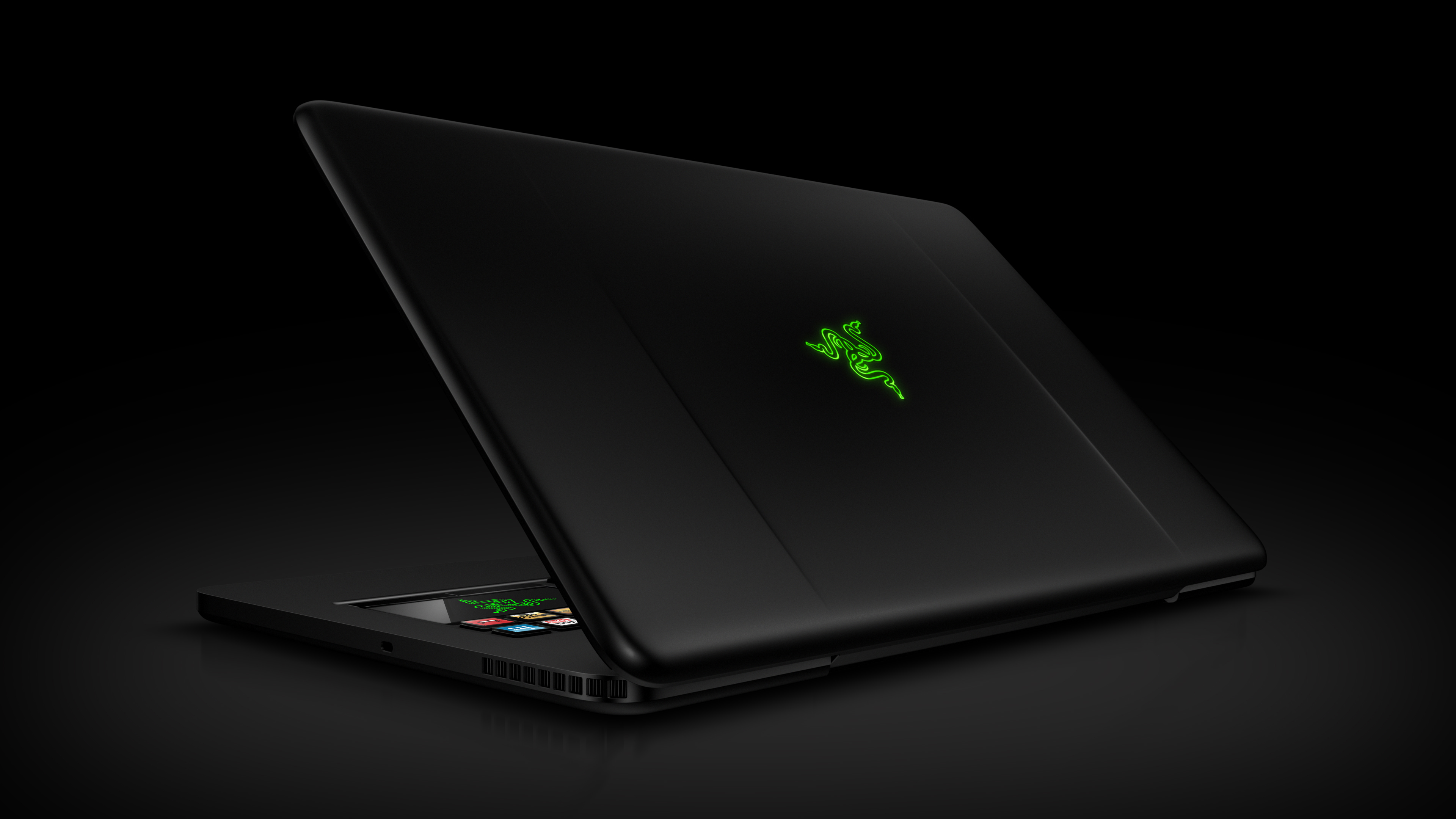 razer switchblade gaming laptop holy shit the keyboard. Black Bedroom Furniture Sets. Home Design Ideas